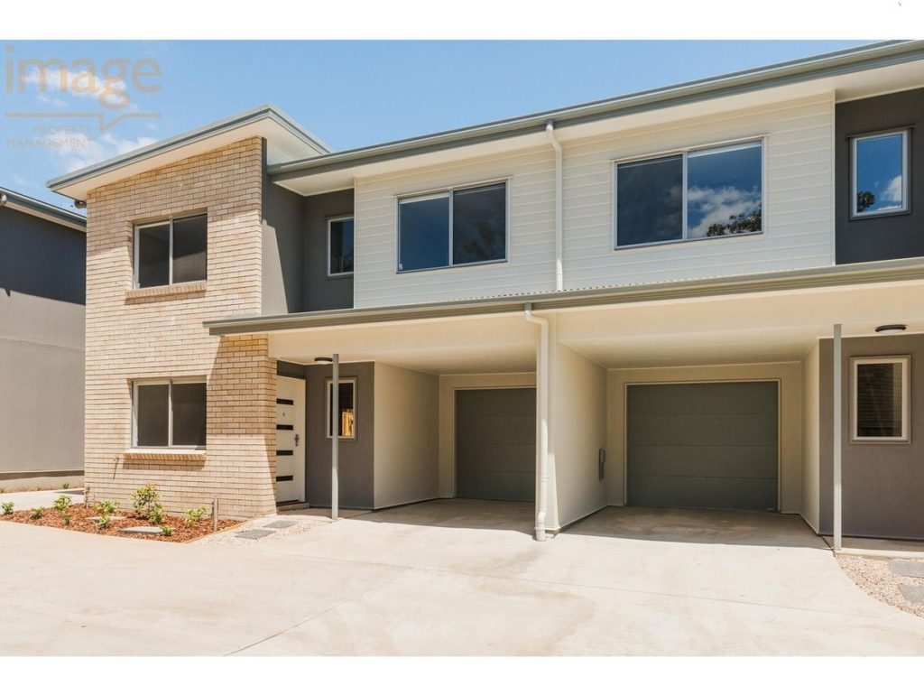 3/5-7 Logan Reserve Road